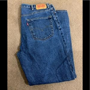 Men's Relaxed Levi's Dungaree.  Size 40X32.